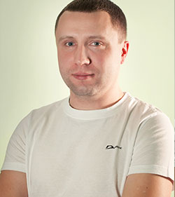 Захаров Максим